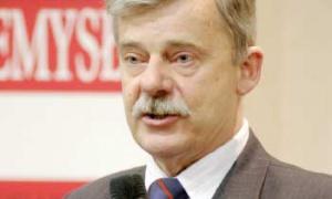 – Najcenniejsi specjaliści szukają pracy nie tylko poza regionem, ale również poza krajem – niepokoił się Kazimierz Marchlewski, wójt gminy Tarnowo Podgórne.