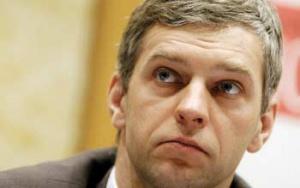 Paweł Poncyljusz, wiceminister gospodarki, zapowiada, że stworzone zostaną mechanizmy prawne, które nie dopuszczą do osiągnięcia pozycji monopolistycznej przez skonsolidowane podmioty i wyeliminują możliwość subsydiowania skrośnego.