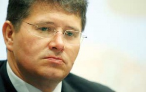 Zdaniem Grzegorza Górskiego, prezesa Electrabel Polska, konkurencja nie działa, a prawo wyboru sprzedawcy przez odbiorców blokowane jest przez spółki dystrybucyjne.