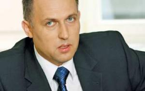 """Paweł Skowroński, prezes grupy BOT, przekonuje, że realizację nowych inwestycji – zarówno w podsektorze wytwarzania, jak i dystrybucji – powinna ułatwić realizacja """"Programu dla elektroenergetyki""""."""