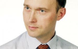 Tomasz Siewierski,  Instytut Elektroenergetyki Politechniki Łódzkiej:      Ścisła integracja rozwiązań informatycznych w ramach skonsolidowanych przedsiębiorstw jest nieunikniona, ponieważ zwiększa efektywność wykorzystania zasobów i dostępność systemów, poprawia bezpieczeństwo, redukuje koszty utrzymania i rozwoju usług IT, jak również koszty gromadzenia, przechowywania i przetwarzania danych, wymusza standaryzację platform sprzętowych i unifikację systemów zarządzania infrastrukturą.