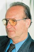 - Z chwilą wejścia inwestorów zagranicznych do Polski, zwiększyło się zapotrzebowanie na konstrukcje - uważa Mirosław Tabaczkiewicz, dyrektor Polskiej Izby Konstrukcji Stalowych (PIKS).