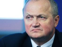 - Na rynkach zagranicznych konkurencja stale się zaostrza - ocenia Jerzy Suchoszek, prezes zarządu Dąbrowskiej Fabryki Maszyn Elektrycznych Damel SA.