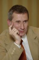 Bogdan Tofilski, dyrektor handlowy PTKiGK Rybnik, przekonuje, że mimo ostrej konkurencji na rynku, jego firma z wojny cenowej wyszła obronną ręką.