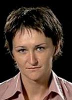 <b>Agnieszka Szwaj, Crowley Data Poland</b>: Euro 2012 to ogromne wydarzenie sportowe i medialne. Zamierzamy wykorzystać je zarówno biznesowo, współpracując z organizatorami przy obsłudze mistrzostw, jak również wizerunkowo, do wzmocnienia swojego brandu jako kompetentnego partnera technologicznego oraz nawiązania bliższych relacji z kluczowymi klientami.   Dla telekomów mistrzostwa to nie tylko budowa i obsługa zaplecza telekomunikacyjnego, ale także np. wzmożony ruch w sieciach telefonii mobilnej. Jest to także świetna okazja dla jednostek samorządowych, instytucji publicznych i administracji na stworzenie niezbędnej infrastruktury teleinformatycznej, która będzie mogła być wykorzystywana później na potrzeby lokalnych społeczeństw. Spodziewamy się, że w tym segmencie telekomy mogą liczyć na wiele zamówień.