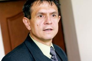 - Za efektywność energetyczną przedsiębiorstw energetycznych odpowiada ustawowo prezes Urzędu Regulacji Energetyki - przypomina Henryk Kaliś