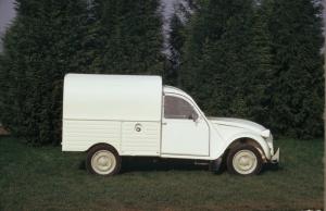 Wśród wielu wersji była również furgonetka.