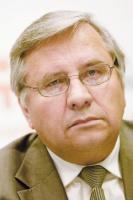 - Przyczyną braku inżynierów są zmiany w szkolnictwie - uważa Antoni Cieśla, prorektor AGH.