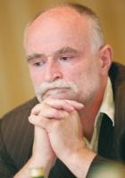 - Przy stole, gdzie się będzie decydował los branży, miejsce zajęły Puławy, Ciech i PGNiG - zauważył <b>Maciej Gierej</b>, były prezes Nafty Polskiej. - W mojej ocenie brakuje tu Orlenu.