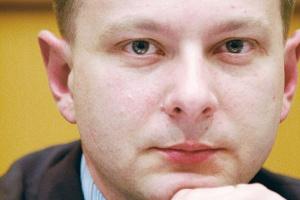 Prezes PGNiG Michał Szubski ma świadomość potrzeby zmian. Pierwszy krok już zrobiono. PGNiG zakupił 10 proc. akcji Azotów Tarnów, producenta tworzyw i nawozów azotowych.
