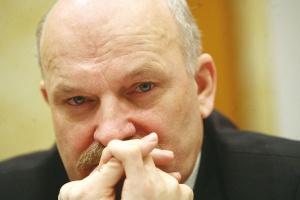 - Nie zgadzam się, że nastały szczególnie ciężkie czasy dla firm naftowych, natomiast niewątpliwie trzeba zaciskać pasa, ale nie dotyczy to bynajmniej tylko naszego sektora - uważa Paweł Olechnowicz, prezes Grupy Lotos.