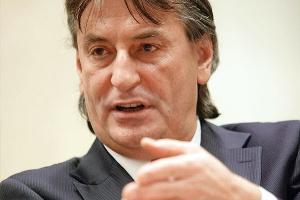 - Nowe technologie sprzyjają oszczędności energii - dowodził Janusz Petrykowski, wiceprezes zarządu ABB.