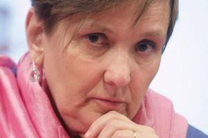 Róża Thun, dyrektor przedstawicielstwa Komisji Europejskiej w Polsce, zaznaczyła, że Pakiet energetyczno-klimatyczny jest wyzwaniem, co szczególnie ważne, akceptowanym przez społeczeństwo.