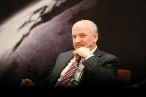 Prezes Lotosu Paweł Olechnowicz zapewnia, że zapowiedzi ograniczenia zagranicznej aktywności w sektorze wydobywczym nie dotyczą przygotowywanego do eksploatacji złoża Yme na Morzu Północnym
