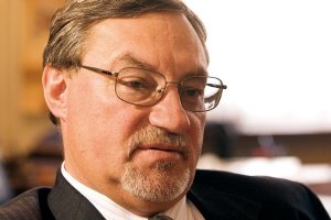Mirosław Kugiel, prezes zarządu Kompanii Węglowej, zastanawia się, jak budować wieloletnią strategię w sytuacji głębokich wahań koniunktury.