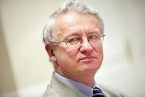 - Ograniczenie energochłonności nie było podstawowym celem inwestycji w nowe trchnologie chemiczne, ale każda z nich w bardzo dużym stopniu zmniejszyła zużycie energii - uważa Jerzy Majchrzak, dyrektor Polskiej Izby Przemysłu Chemicznego.
