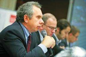 - TGE zamierza wyjść naprzeciw odbiorcom i uruchomić rynek dużych transakcji pozasesyjnych, które mogą być prowadzone w formie aukcji - zapowiada Grzegorz Onichimowski, prezes Towarowej Giełdy Energii.