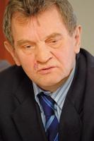 - Wprawdzie rentowność jest nieco mniejsza na skutek drożejących surowców i tym samym wyrobów stalowych, generalnie jednak nie jest źle - ocenia Konrad Jaskóła, prezes zarządu spółki Polimex-Mostostal SA.