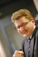 - Dobrze, że prywatyzacja Remagu wreszcie ruszyła - mówi Krzysztof Jędrzejewski, główny akcjonariusz Grupy Kopex. - Jesteśmy zainteresowani nabyciem tej spółki.