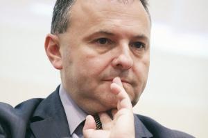 - Nasi szefowie firm bardziej optymistycznie oceniają poprawę ogólnej koniunktury gospodarczej, jak i wzrostu przychodów - zauważa prof. Witold Orłowski, główny doradca ekonomiczny PwC.