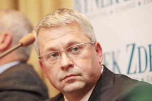 Według prezesa Impel Cleaning Bogdana Dzika - do outsourcingu przekonują się te branże, które dotychczas nie sięgały po zewnętrzne usługi, jak hutnictwo i energetyka.