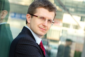 - Prawdopodobnie jeszcze w tym roku sprzedamy Exatel - zapowiedział ostatnio Tomasz Zadroga, prezes zarządu PGE. - Wkrótce rozpoczniemy negocjacje z potencjalnymi inwestorami.