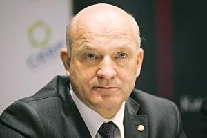 - Nie mamy problemów ze sprzedażą dodatkowych ilości produktów. Rynek na nie czeka - przekonuje prezes Lotosu Paweł Olechnowicz.
