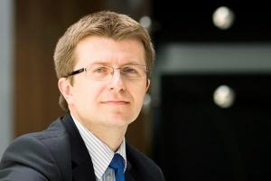 - Dążymy do konsekwentnego realizowania strategii, która zakłada wzmocnienie grupy między innymi poprzez fuzje i przejęcia - deklaruje Tomasz Zadroga, prezes PGE.