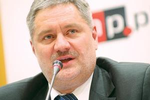 W polskiej chemii nadal zdarzają się przerosty zatrudnienia, ale... - Zwolnienia w firmach chemicznych nie zawsze prowadzą do godnych uwagi efektów finansowych, do wielkiej redukcji kosztów - ostrzega Janusz Wiśniewski, były szef PKN Orlen.