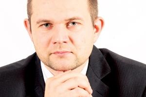 - Od lat mówi się o poprawie sytuacji, ale nikt się za to poważnie nie zabiera. Przedsiębiorstwa nie zdają sobie sprawy z zagrożeń płynących z internetu - ostrzega Łukasz Nowatkowski, dyrektor techniczny G Data Software.
