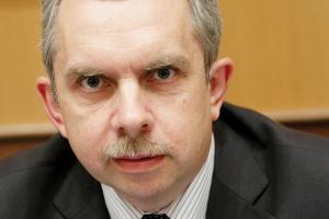 <b>Grzegorz Onichimowski<br> prezes Towarowej Giełdy Energii<br><br></b> - Polski rynek energii powinien być kompatybilny z rynkiem europejskim, ponieważ stanie się wkrótce integralną częścią jednolitego rynku wewnętrznego.