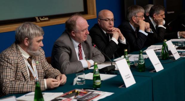 III Europejski Kongres Gospodarczy: Pakiet klimatyczno-energetyczny - wyzwania dla przemysłu zlokalizowanego w UE