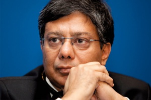 <b>Sanjay Samaddar, prezes zarządu ArcelorMittal Poland</b> - Będziemy realizować inwestycje w części surowcowej krakowskiej huty, m.in. w koksowni.