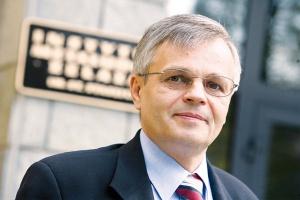 <b>Wojciech Szulc, Instytut Metalurgii Żelaza</b> - Trudno nie docenić tego, co zrobili europejscy producenci stali w ostatnich latach. Hutom europejskim udało się znacząco obniżyć emisję dwutlenku węgla.
