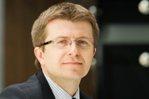 <b>Tomasz Zadroga, prezes Polskiej Grupy Energetycznej</b><br> - Głównym problemem energetyki wiatrowej i rozproszonej szczytowej jest sieć przesyłowa i dystrybucyjna. Już dziś ona trzeszczy...