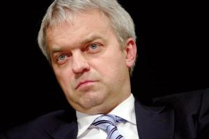 <b>Jacek Krawiec, prezes PKN Orlen</b><br> - Złota era branży paliwowej się skończyła. To gaz jest paliwem przyszłości. Orlen zamierza iść właśnie w tym kierunku.