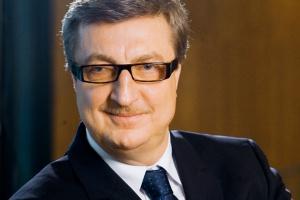 <b>Jan Chadam<br> prezes Gaz-Systemu</b><br><br>  - W ciągu pięciu lat, od roku 2009 do roku 2014, wartość inwestycji Gaz-Systemu oraz jego zależnej spółki Polskie LNG, która odpowiada za gazoport, wyniesie około 8 mld zł.