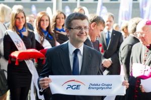 Tym sprawom wiele uwagi poświęcił podczas konferencji prasowej Tomasz Zadroga, prezes PGE. Według niego, nowy blok jest kolejnym etapem w budowaniu silnej organizacji. Jej wcześniejszym etapem była przeprowadzona w latach 2004-2007 konsolidacja 40 spółek. Po uporządkowaniu struktury, PGE skupia się teraz na inwestowaniu, w energetykę konwencjonalną, OZE, w przyszłości w jądrową - i na akwizycjach.
