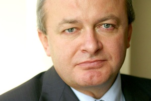 <b>Marek Kobielski<br> prezes zarządu NextiraOne Polska </b><br><br>   W Polsce powinniśmy przyspieszyć prace nad projektami teleinformatycznymi dla jednostek administracji lokalnej. Szczególnie że tego rodzaju zapotrzebowanie obserwujemy ze strony samych obywateli, coraz częściej oczekujących nowoczesności obsługi charakteryzującej e-urząd.