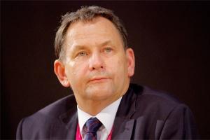 - W 2011 r. gospodarka, w tym również energetyka, musiała się zmierzyć z kolejnym spowolnieniem gospodarczym. Trudna sytuacja ekonomiczna w krajach UE na szczęście wpłynęła na nasz kraj w ograniczonym stopniu - ocenia Dariusz Lubera, prezes spółki Tauron Polska Energia.