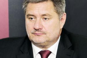 <b>Janusz Wiśniewski<br> były wiceprezes ZAT-u</b><br><br>  - Wszystkie trzy firmy Grupy Tarnów potrzebują natychmiastowej modernizacji energetyki.