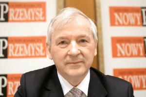 <b>Prof. Stanisław Gomułka<br /> główny ekonomista BCC</b><br /><br />  - Agencje sporo straciły na wiarygodności, dlatego że nie były dostatecznie krytyczne wobec banków. <br /><br />  Teraz starają się tę wiarygodność odbudować, zrobiły się bardziej uważnie. Pomiędzy agencjami jest duża konkurencja, więc muszą dbać o swoją wiarygodność.