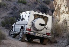Z tyłu czy z przodu, sprawdzonej linii się nie zmienia / foto: Mercedes-Benz