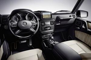Najwięcej nowego ducha tchnięto w rejon tablicy rozdzielczej i pod maskę / foto: Mercedes-Benz