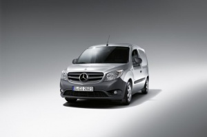 W segmencie kompaktowych vanów Mercedesa dotąd nie było / foto: Mercedes-Benz