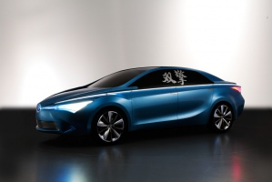 Yundong Shuanqqing sygnalizuje zupełn ie nowa linię sedanów marki / foto: Toyota