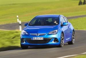 Opel Astra OPC jest najmocniejszym przedstawicielem rodziny w jej historii / foto: Opel