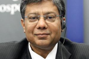 <b>Sanjay Samaddar<br /> prezes zarządu ArcelorMittal Poland </b><br /><br />  - Obecna sytuacja na rynku jest lepsza niż w czwartym kwartale 2011 roku, jednak cały czas ściśle monitorujemy poziom zamówień.
