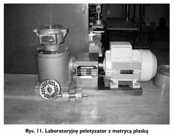 Rys. 11. Laboratoryjny peletyzator z matrycą płaską
