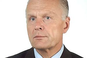 <b>Stanisław Skalski<br /> Stadler Polska</b><br /><br /> - Przetargi na pojazdy szynowe, gdzie jedynym kryterium jest cena pojazdu, mijają się z celem gospodarnego wydatkowania środków publicznych. Na szczęście, zamawiający zwracają coraz większą uwagę na pozostałe aspekty.